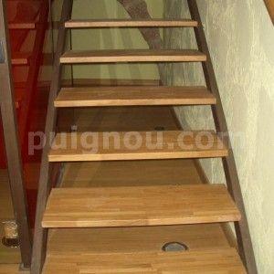 escala de fusta envarnissada