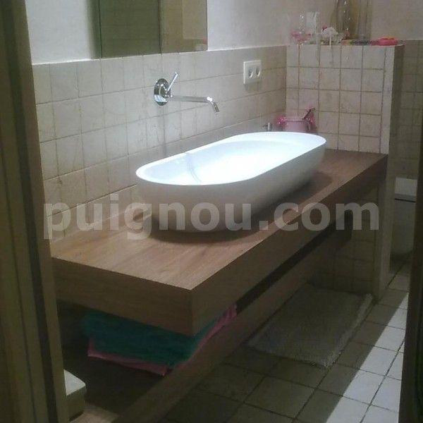 Moble de bany de fusta envernissada