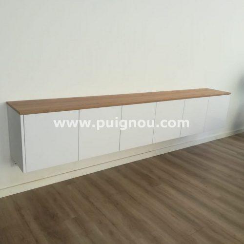 FUSTERIA PUIGNOU- Moble de la sala d'estar.